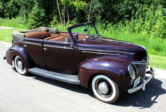 1939 Ford Deluxe Convertible Sedan: SOLD
