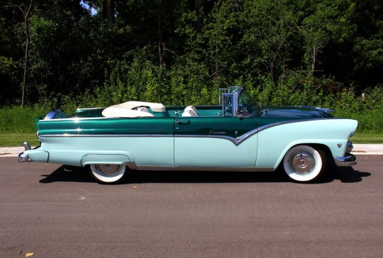 1955 Ford  Fairlane Sunliner: SOLD
